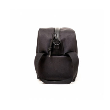 Toiletry_Bag_Black_02