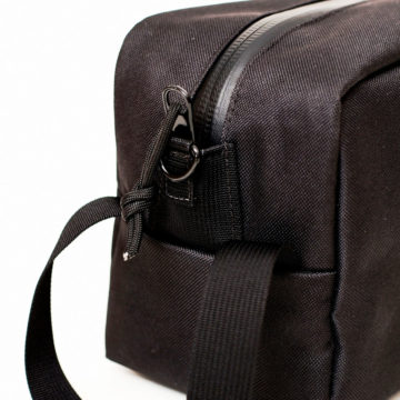 Toiletry_Bag_Black_05