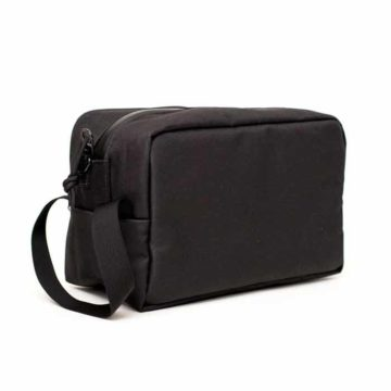 the-toiletry-bag-abscent-negra