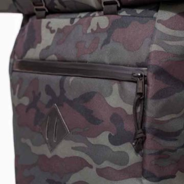 the-rolltop-backpack_10