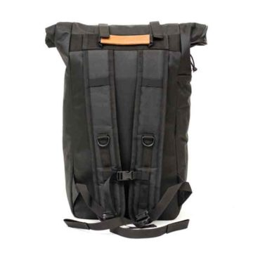 the-rolltop-backpack_carbon_04