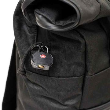the-rolltop-backpack_carbon_05